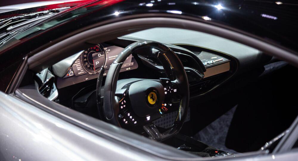 Interior de un Ferrari SF90 Stradale