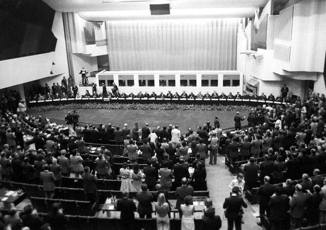Firma del Acta Final de Helsinki el 1 de agosto de 1975