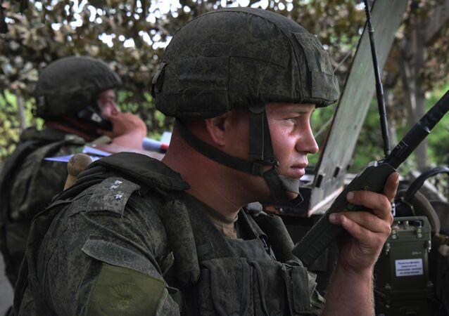 Militares rusos durante unos ejercicios