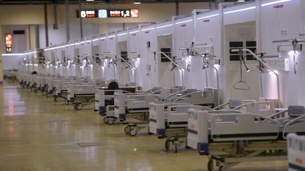 Un hospital de campaña para pacientes con coronavirus (imagen referencial) - Sputnik Mundo