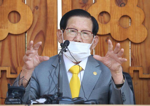 Lee Man-hee, fundador y líder de la secta surcoreana de Jesús Shincheonji