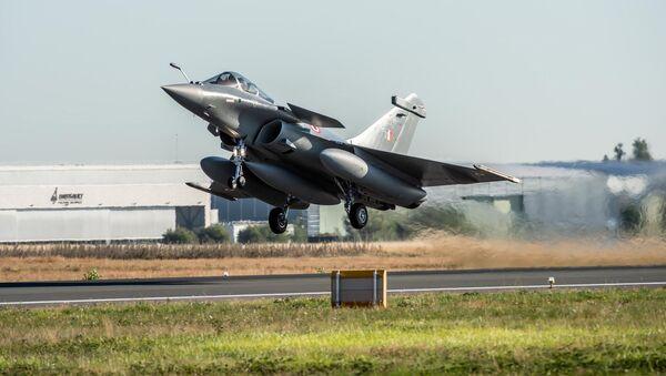 Un caza Rafale de la India - Sputnik Mundo