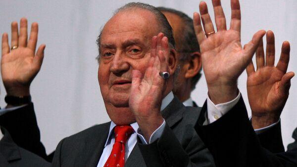 Juan Carlos I ha abandonado España para preservar la institución monárquica - Sputnik Mundo