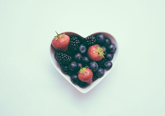 Un tazón de frutas