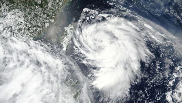 El tifón Hagupit - Sputnik Mundo