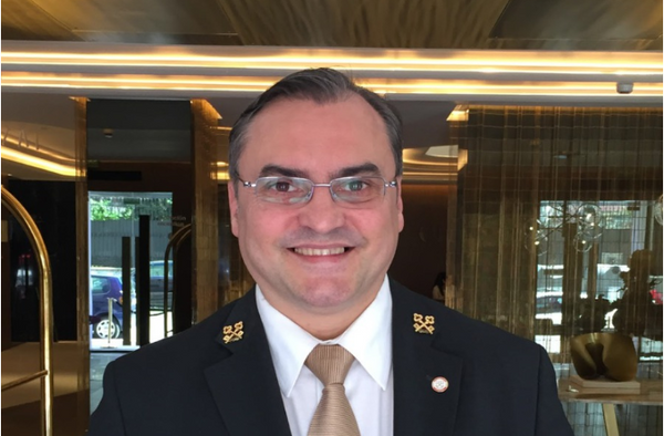 Ramón Lefort, presidente de Las Llaves de Oro Españolas - Sputnik Mundo