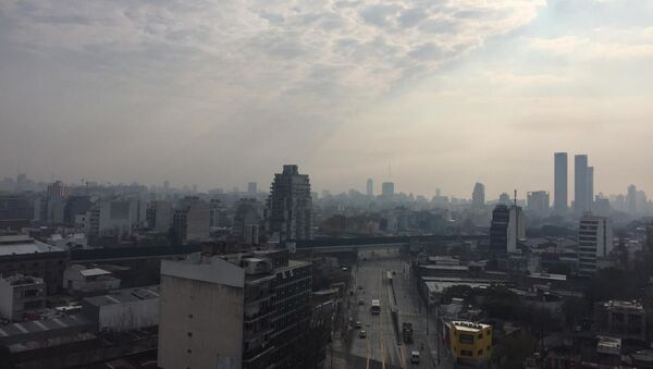 Humo en Buenos Aires, Argentina - Sputnik Mundo
