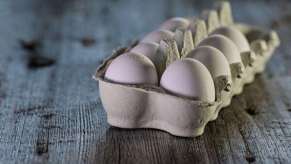 Un cartón de huevos  - Sputnik Mundo