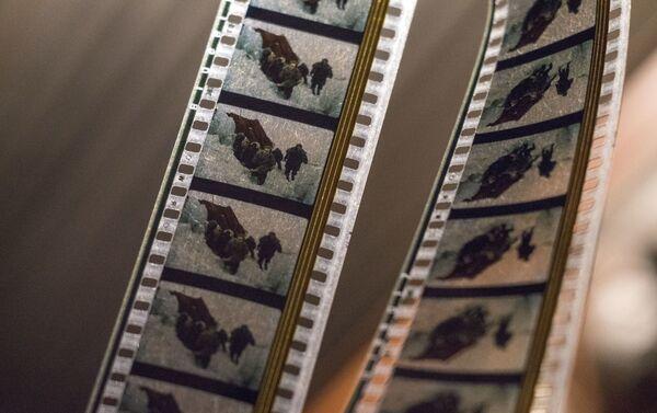 Las cintas de película en el cine de Piramida - Sputnik Mundo