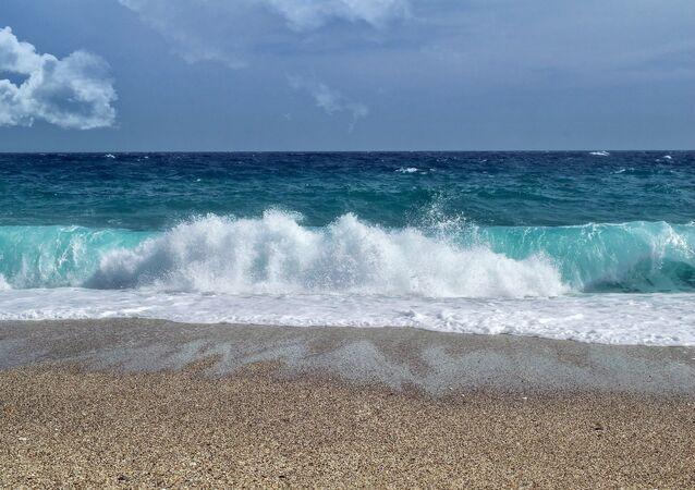 Foto referencial de una playa de Almería