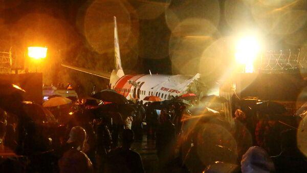 El avión de Air India Express siniestrado - Sputnik Mundo