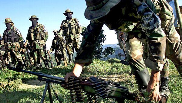 Paramilitares de las Autodefensas Unidas de Colombia  - Sputnik Mundo
