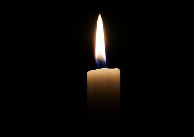 Una vela (imagen referencial)