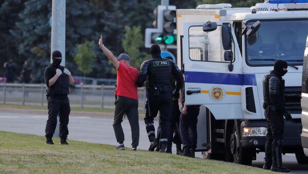 Detención de los manifestantes en Minsk - Sputnik Mundo