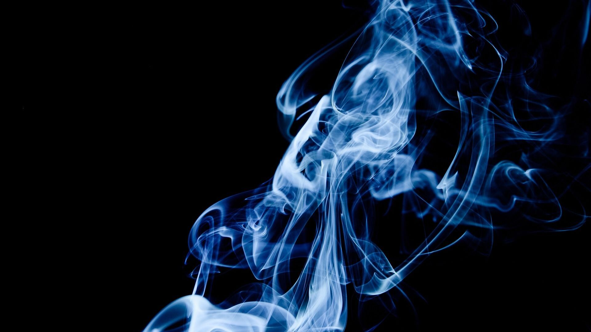 Imagen referencial de humo de tabaco - Sputnik Mundo, 1920, 26.07.2021