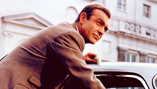 Eligen el mejor James Bond de la pantalla grande   - Sputnik Mundo