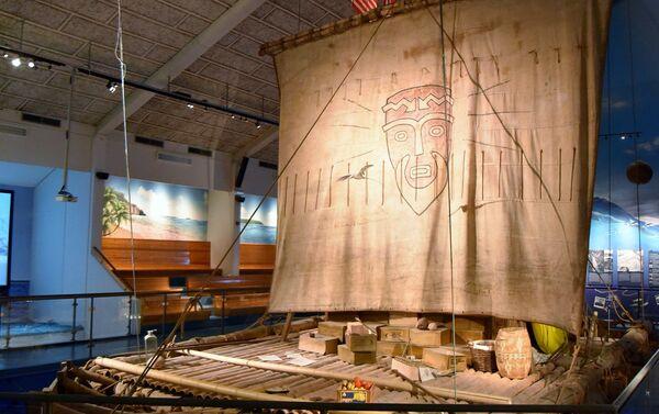 La balsa Kon-Tiki, en el Museo Kon-Tiki en Oslo, Noruega - Sputnik Mundo