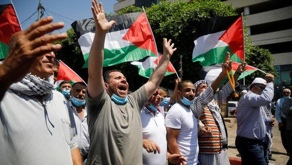 Protestas de palestinos contra el acuerdo de paz entre Israel y Emiratos Árabes Unidos - Sputnik Mundo
