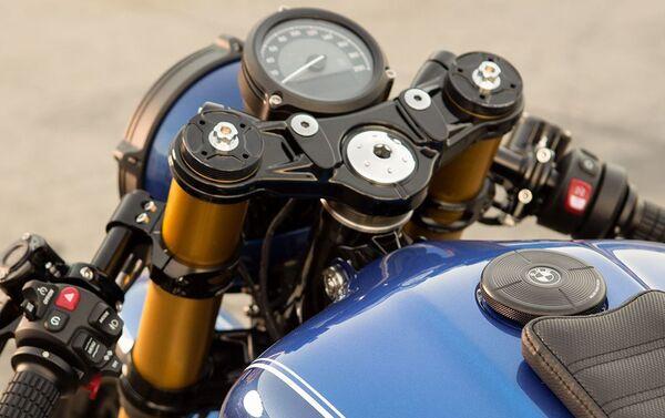 La motocicleta BMW R 18 Dragster - Sputnik Mundo