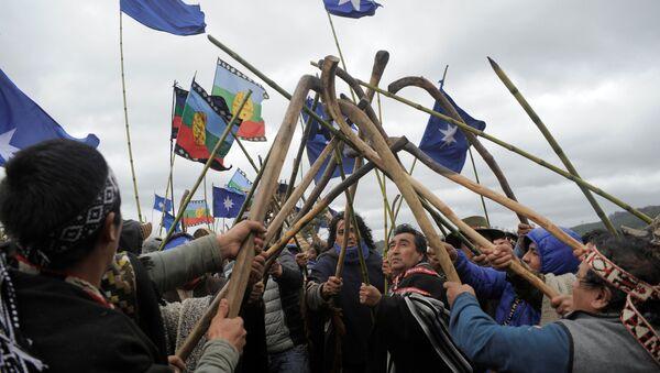 Protesta de la comunidad mapuche en Chile - Sputnik Mundo