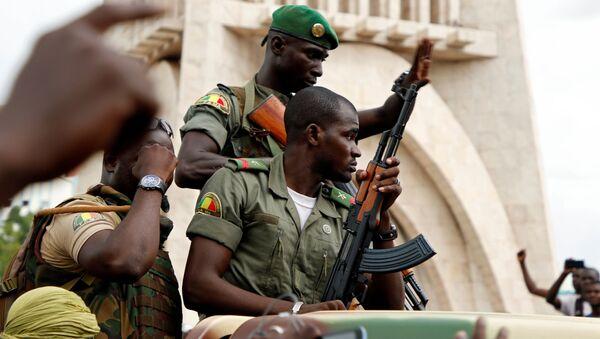 Militares malienses - Sputnik Mundo
