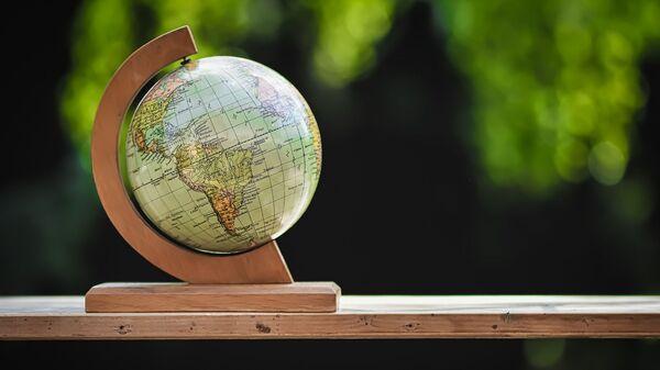 Un globo terráqueo - Sputnik Mundo