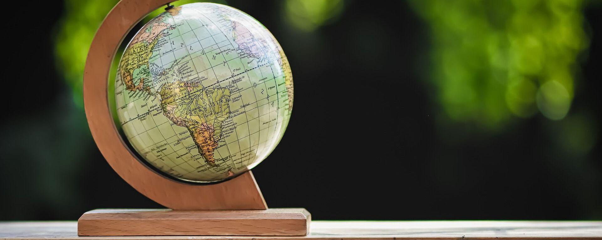 Un globo terráqueo - Sputnik Mundo, 1920, 05.06.2021