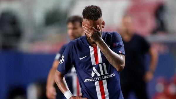 Neymar, futbolista brasileño del PSG, tras su derrota en la final de la Champions League frente al Bayern, el 23 de agosto de 2020 - Sputnik Mundo
