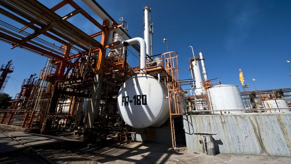 Una refinería de Pemex en Tula, México - Sputnik Mundo