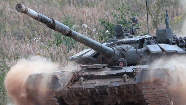 Biatlón de tanques en los Juegos Army 2020 en Rusia - Sputnik Mundo