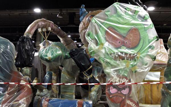 Una falla de Valencia almacenada tras la suspensión de las fiestas - Sputnik Mundo
