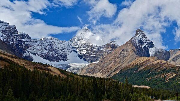 Montañas Rocosas de Canadá - Sputnik Mundo