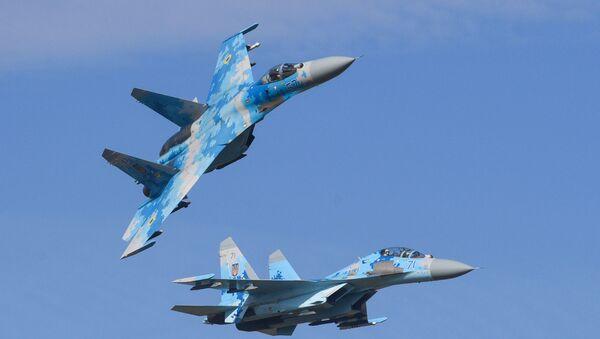 Cazas Su-27 de la Fuerza Aérea de Ucrania - Sputnik Mundo