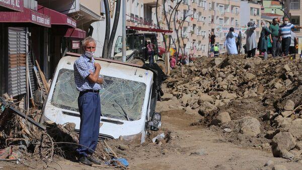 Consecuencias de la inundación en la provincia turca de Giresun - Sputnik Mundo