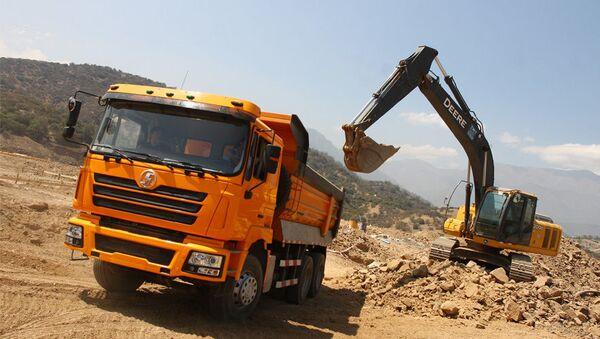 Un camión de Shacman Trucks  - Sputnik Mundo