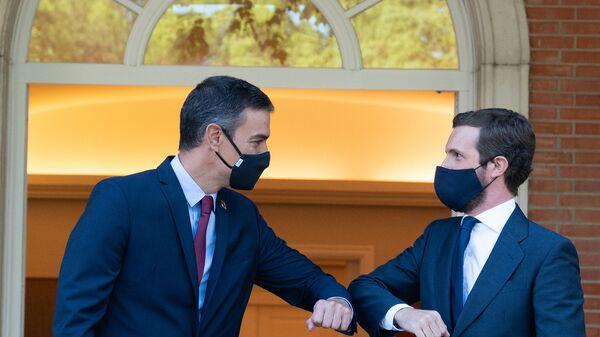 Pedro Sánchez se reúne con Pablo Casado en La Moncloa - Sputnik Mundo