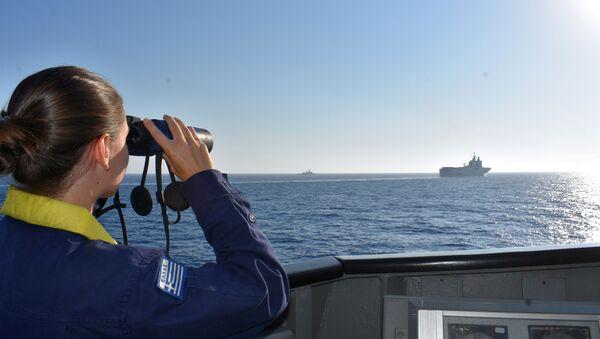 Buques griegos en el Mediterráneo durante unos ejercicios (archivo) - Sputnik Mundo