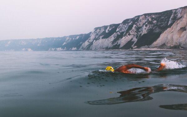 Diego López cruzando el Canal de la Mancha - Sputnik Mundo