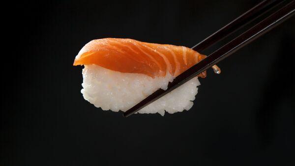 Sushi, comida japonesa - Sputnik Mundo