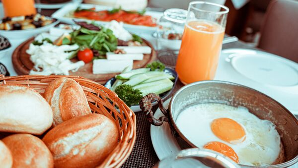 Un desayuno (imagen referencial) - Sputnik Mundo