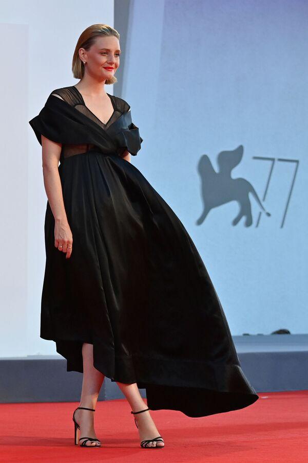 Актриса Ромола Гарай на Венецианском кинофестивале - Sputnik Mundo