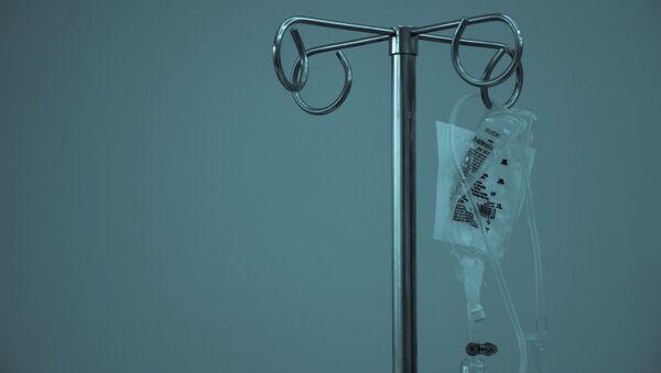 Un goteo intravenoso (imagen referencial) - Sputnik Mundo