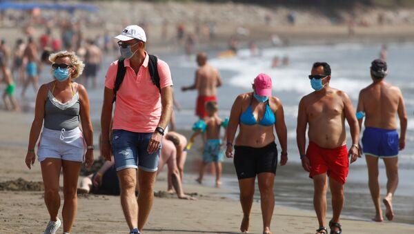 Turistas en las Islas Canarias  - Sputnik Mundo