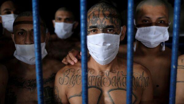 Presos de la cárcel de Izalco en El Salvador  - Sputnik Mundo