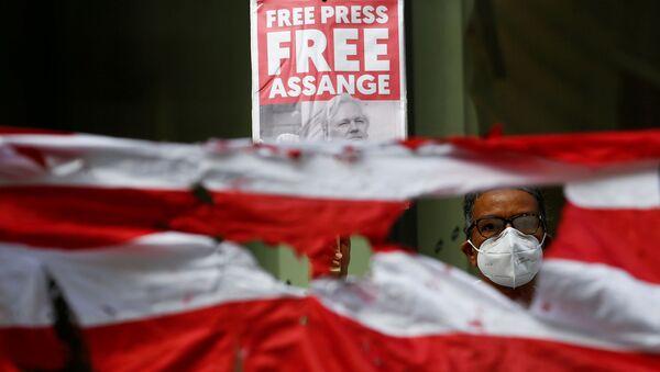 Partidarios del fundador de Wikileaks, Julian Assange - Sputnik Mundo