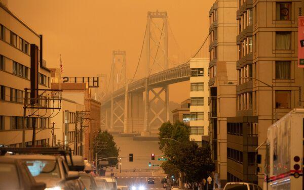 Apocalítico cielo naranja en San Francisco - Sputnik Mundo