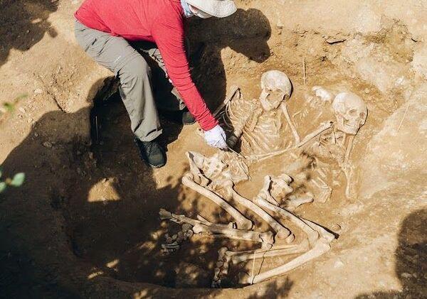 El entierro encontrado en Buriatia, Rusia - Sputnik Mundo
