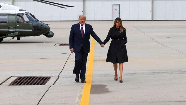 Donald Trump, presidente de Estados Unidos, y su esposa, Melania - Sputnik Mundo