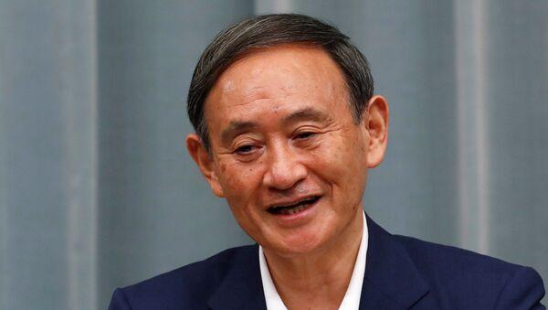 Yoshihide Suga, el nuevo líder del Partido Liberal Democrático (PLD) de Japón - Sputnik Mundo