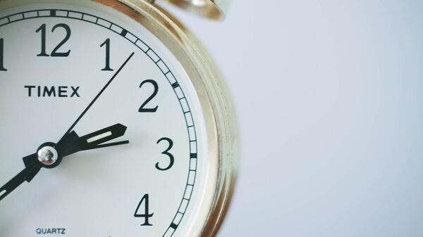 Un reloj, referencial - Sputnik Mundo